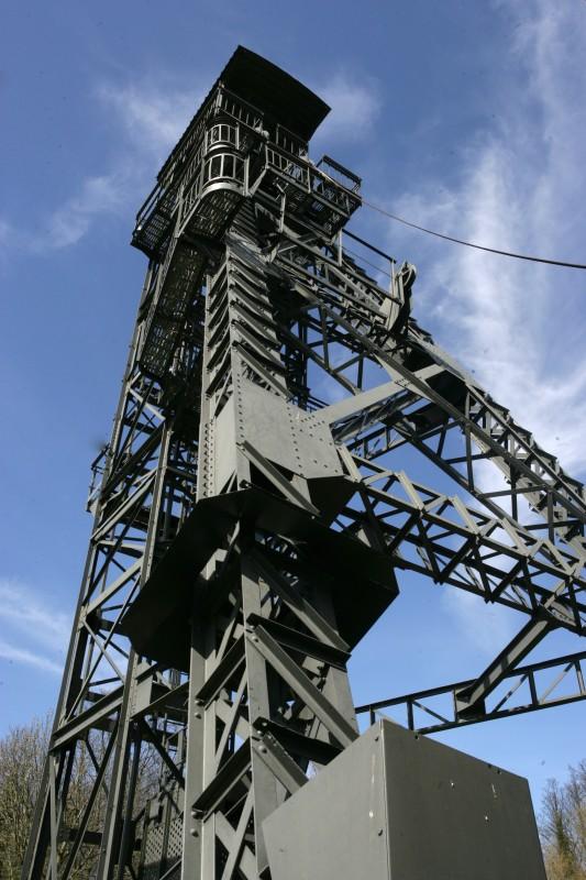 visite-lecture-patrimoine-minier-autrement-chevalement-vieux-2-150dpi-credit-m-guilbert-4082